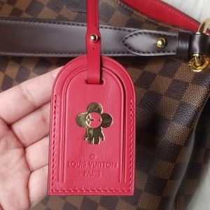 NEW LOUIS VUITTON RED BEAUBOURG LUGGAGE TAG